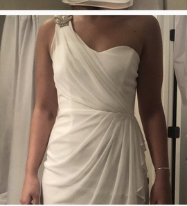 Cache White Size 4 Homecoming Cocktail Dress on Queenly