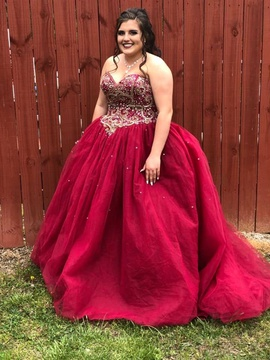 Red Size 14 Ball gown on Queenly