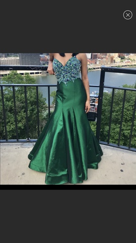 Queenly size 2 Mac Duggal Green Ball gown evening gown/formal dress