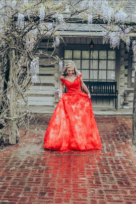 Sherri Hill Red Size 0 A-line Dress on Queenly
