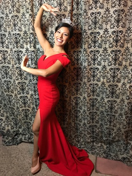 Queenly size 0  Red Side slit evening gown/formal dress