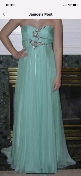 Queenly size 4 Dave & Johnny Green A-line evening gown/formal dress