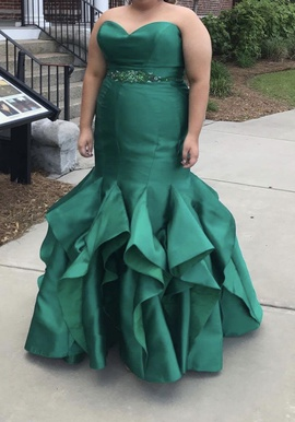 Queenly size 18 Alyce Paris Green Mermaid evening gown/formal dress