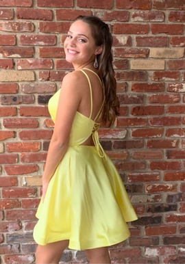 Yellow Size 4 A-line Dress on Queenly