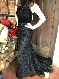 Queenly size 2 Mac Duggal Black Train evening gown/formal dress