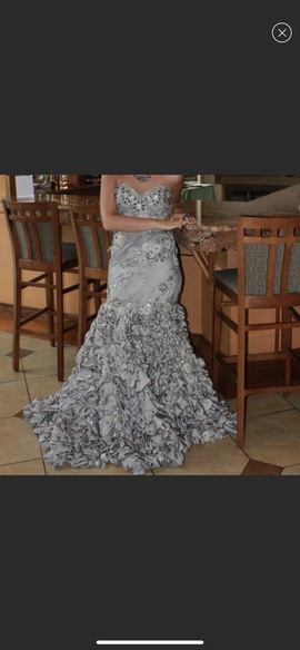 Mac Duggal Silver Size 6 Ruffles Strapless Mermaid Dress on Queenly