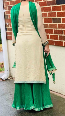 Green Size 8 Side slit Dress on Queenly