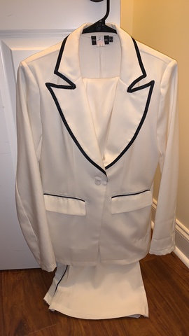White Size 4 Romper/Jumpsuit Dress on Queenly