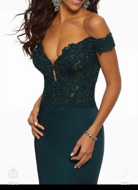 Green Size 8 Train Dress on Queenly
