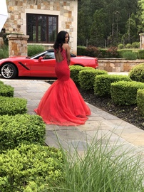 Jovani Red Size 0 Train Dress on Queenly