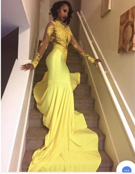 Queenly size 2  Yellow Mermaid evening gown/formal dress