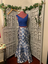Queenly size 8 Speechless Blue A-line evening gown/formal dress