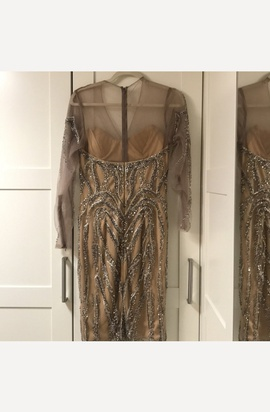 Terani Couture Gold Size 4 Sequin Long Sleeve Cocktail Dress on Queenly