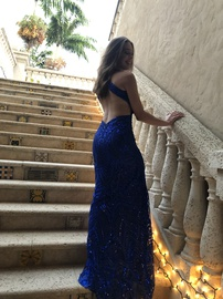 Angela & Alison Royal Blue Size 0 Straight Dress on Queenly