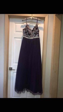 Queenly size 10  Purple Straight evening gown/formal dress