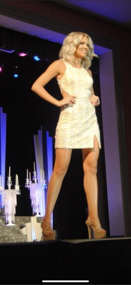 Mac Duggal Gold Size 2 Interview Backless Cut Out Cocktail Dress on Queenly