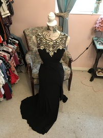 Queenly size 2 Jovani Black Side slit evening gown/formal dress