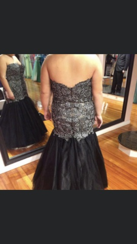 Madison James Black Size 20 Prom Plus Size Mermaid Dress on Queenly
