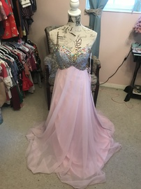 Night Moves Pink Size 4 A-line Dress on Queenly