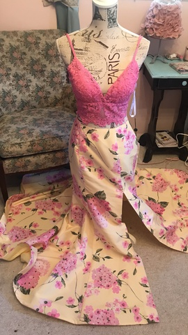 Sherri Hill Multicolor Size 6 Two Piece Print Lace Mermaid Dress on Queenly