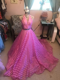 Queenly size 00 Sherri Hill Pink Ball gown evening gown/formal dress