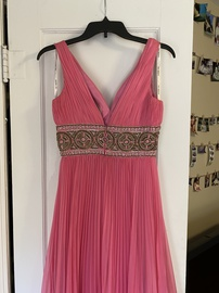 Sherri Hill Pink Size 2 Straight Dress on Queenly