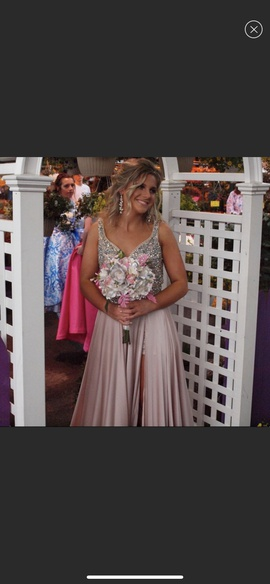 Mac Duggal Nude Size 2 Prom Backless Side slit Dress on Queenly