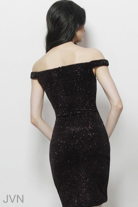 Jovani Black Size 4 Fitted Cocktail Dress on Queenly