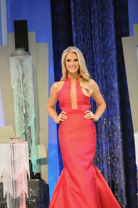Fernando Wong Red Size 4 Halter Pageant Medium Height Mermaid Dress on Queenly