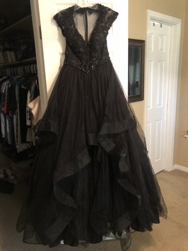 Mac Duggal Black Size 8 Plunge Cap Sleeve Ball gown on Queenly