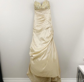 Queenly size 00 Mori Lee Gold Mermaid evening gown/formal dress
