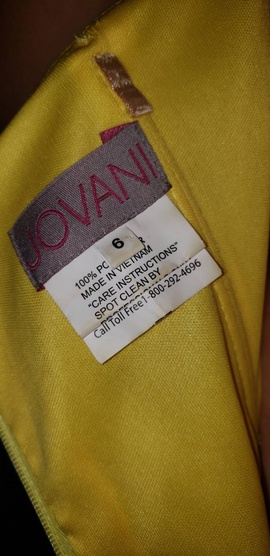 Jovani Yellow Size 6 Straight Dress on Queenly