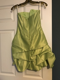 Cache Green Size 2 Medium Height Cocktail Dress on Queenly