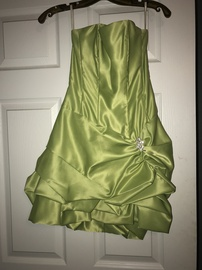 Queenly size 2 Cache Green Cocktail evening gown/formal dress