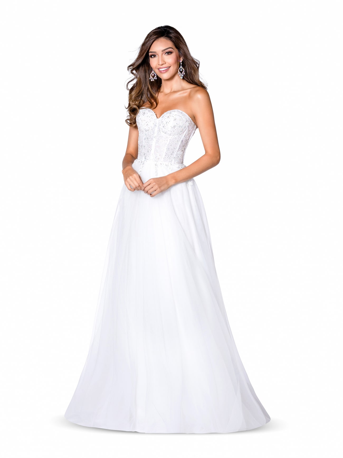 Queenly size 6 Vienna White A-line evening gown/formal dress