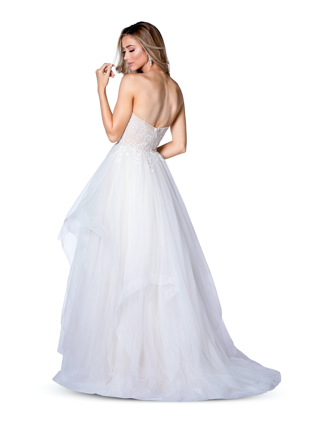 Vienna Nude Size 0 Backless Ball gown on Queenly
