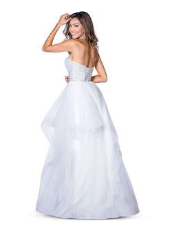 Vienna White Size 6 Ruffles Sweetheart Backless A-line Dress on Queenly