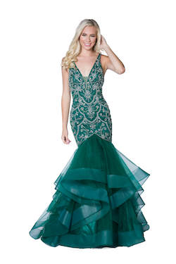 Vienna Green Size 6 Ruffles Halter Backless Mermaid Dress on Queenly