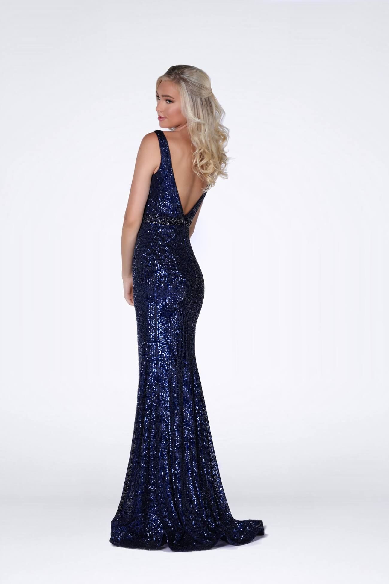 Vienna Blue Size 12 Navy Backless Mermaid Dress on Queenly
