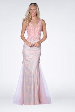 Vienna Pink Size 6 Blush Backless Mermaid Dress on Queenly