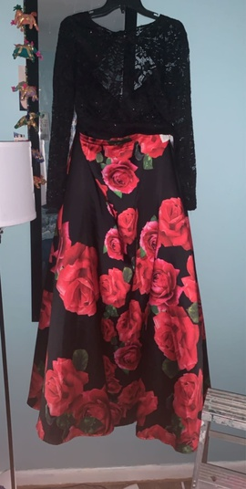 B. Darlin Black Size 14 Plus Size Ball gown on Queenly