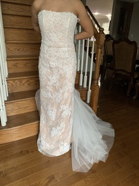 Queenly size 6 Sherri Hill White Train evening gown/formal dress