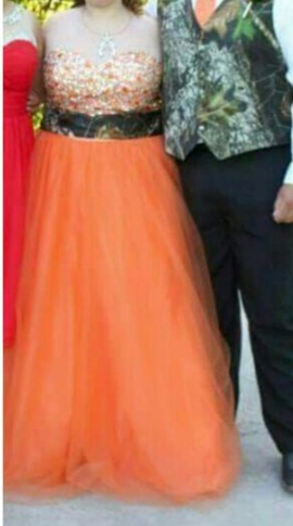 Orange Size 18 Ball gown on Queenly