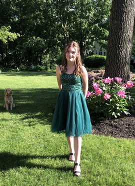 JJs house Green Size 4 Homecoming Straight Dress on Queenly