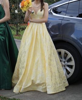 Sherri Hill Yellow Size 00 Medium Height A-line Dress on Queenly