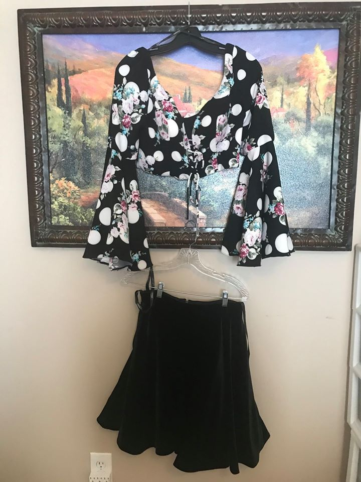 Hannah S Black Size 10 Velvet Flare Two Piece A-line Dress on Queenly