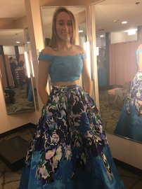Ellie Wilde Blue Size 4 Pockets Prom Ball gown on Queenly