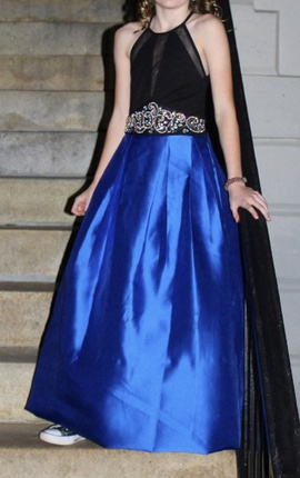 Queenly size 00  Blue A-line evening gown/formal dress