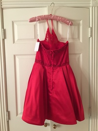 Red Size 8 Cocktail Dress on Queenly