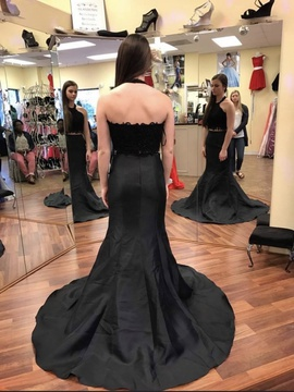 Black Size 0 Ball gown on Queenly